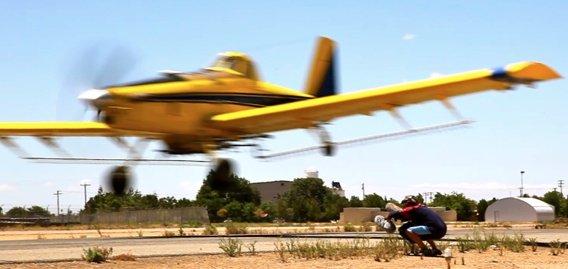 Rob Ducking Plane