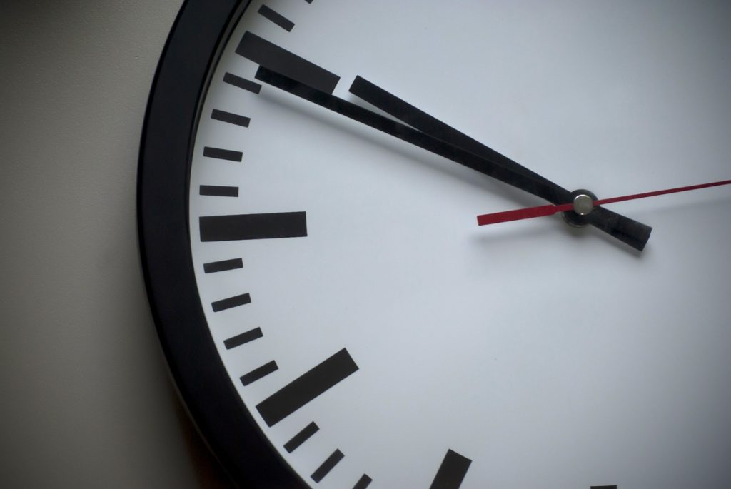 clock-939978_1280