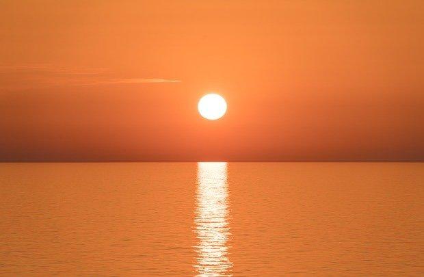 sunrise-1590214_640