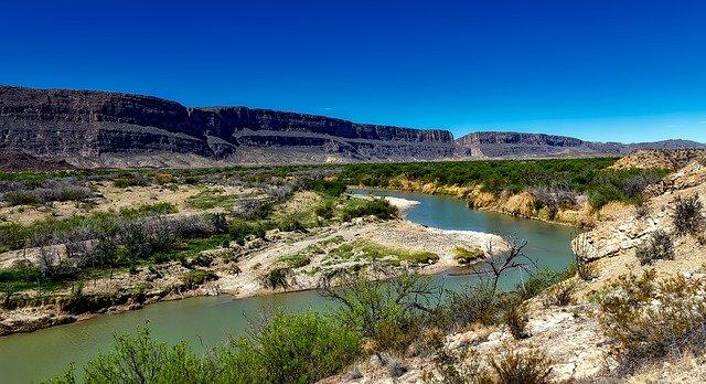 texas-rio-grande-river-1584102_640