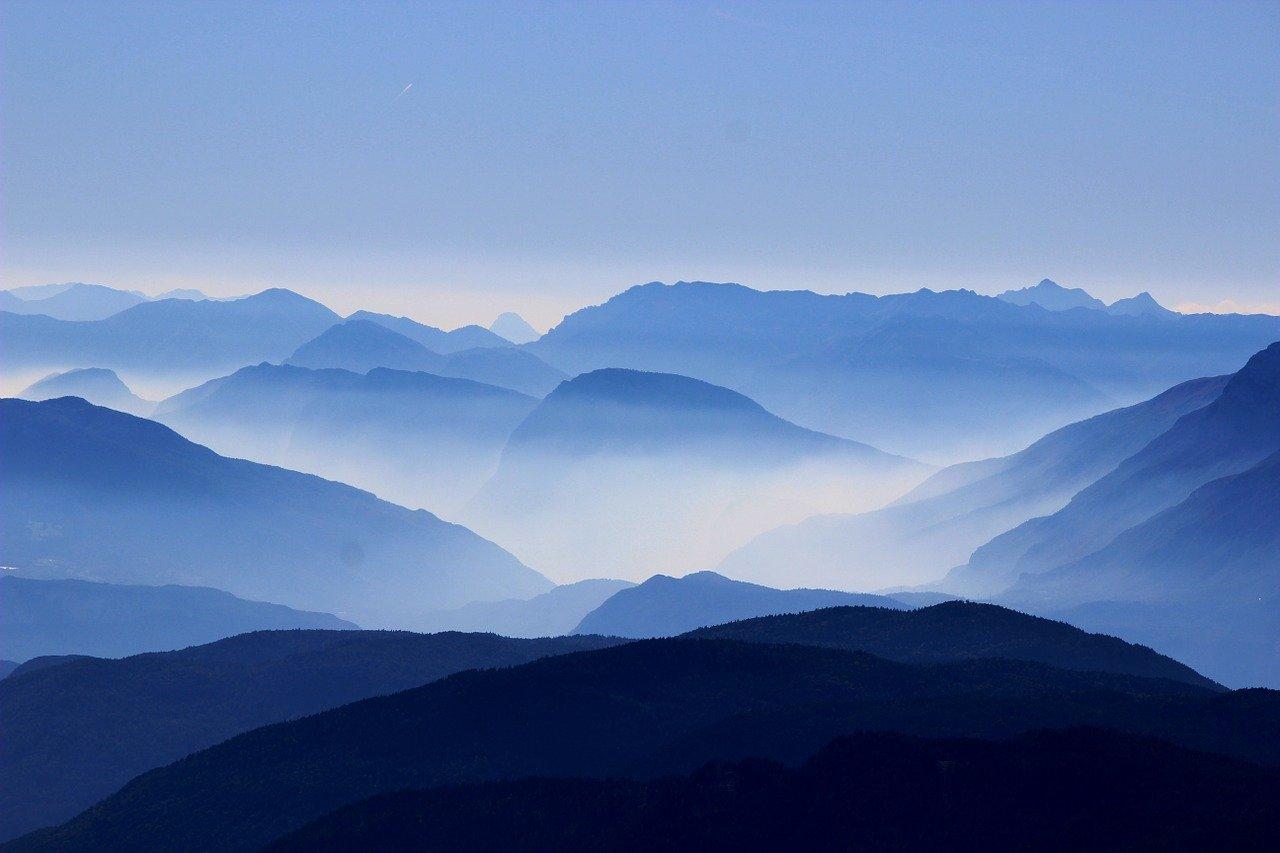 mountains 863474 1280